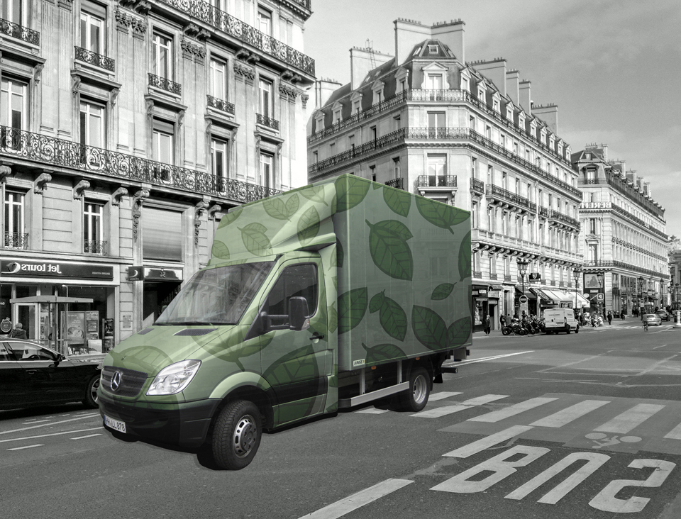 green LKW Paris