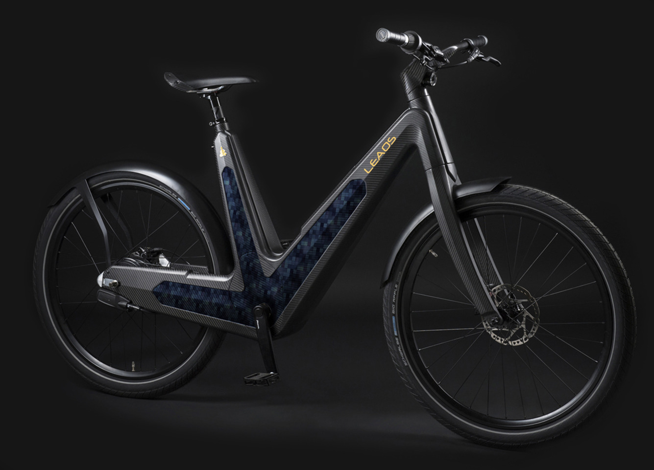 xleaos-solar-urban-bike-solar-battery-loading-new-panel-blue.jpg.pagespeed.ic.yDvD1wNeTO